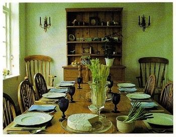 tyavola rustica,campagna,posate,tovaglia,prati
