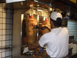 800px-Shawarma.JPG