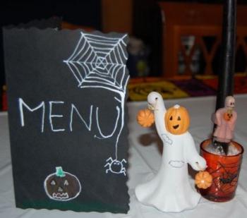 tavola,halloween,decorare,casa,apparecchiare,posate,addobbi
