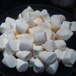 800px-HK_CWB_香港怡東酒店_Excelsior_Hotel_Candy_棉花糖_Marshmallows_Dec-2011_Ip4