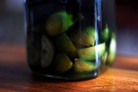 Composta di noci verdi alla maniera di Petronilla