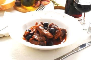 Umidi al vino: Cinghiale in umido e patate