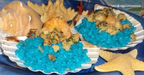 Riso blu con sugo di pesce