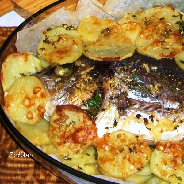 Orata al forno con patate alla pugliese