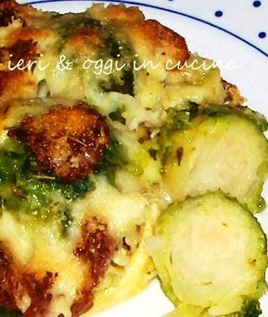 Cavolini di Bruxelles gratinati con speck e gorgonzola