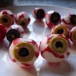 Bulbi oculari con sangue fresco di Vampiro