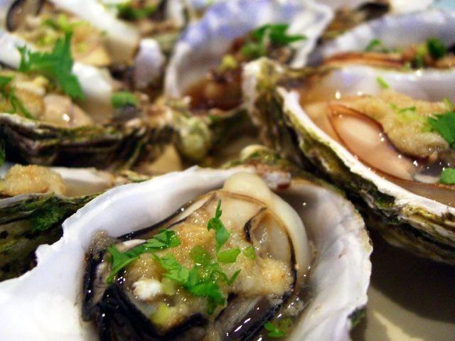 Aprire le ostriche e prepararle secondo Escoffier