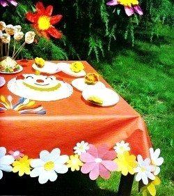 Tavola colorata e fiore per cappello x festa di bambini 4