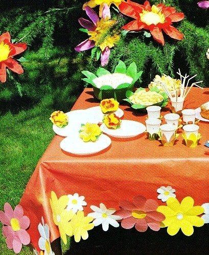 Tavola colorata e fiore per cappello x festa di bambini