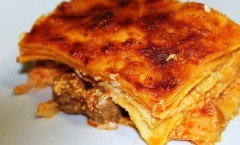 Grande Lasagna Napoletana