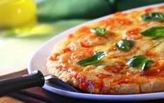 Piatto della tradizione italiana per eccellenza: la pizza margherita