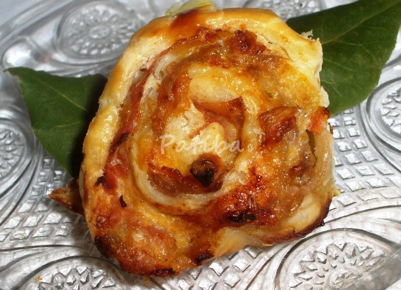 Antipasti caldi anzi caldissimi Rustico che si crede una Torta delle rose
