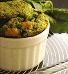 Piccoli soufflé agli spinaci e mozzarella
