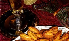 Dolci tagliatelle fritte di Carnevale