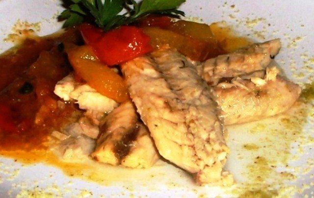 Filetti di sgombro ai peperoni 1