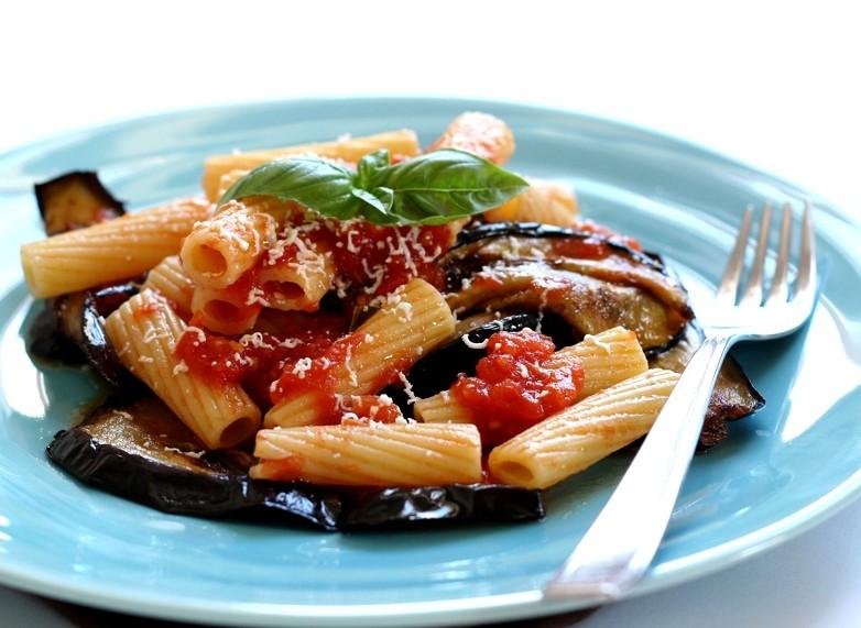 come cucinare la pasta alla ?norma? | ieri & oggi in cucina - Come Cucinare Pasta