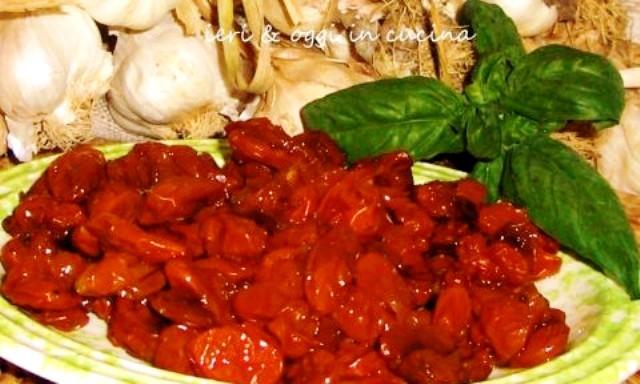 Pomodorini secchi sott'olio e sottaceto