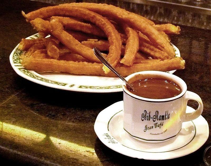 Chocolate_con_churros_en_Granada