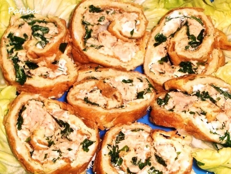 Rotolo di frittata con tonno e prezzemolo