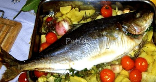 Pesce intero: Ricciòla al forno con patate