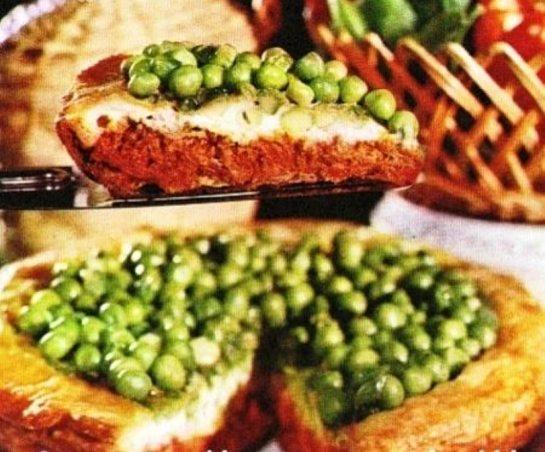 Pasta sfoglia: Crostata di carne e piselli