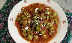 Gnocchetti di spinaci con speck e formaggio di malga