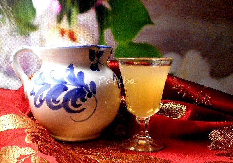 Sburlòn, liquore di mele cotogne