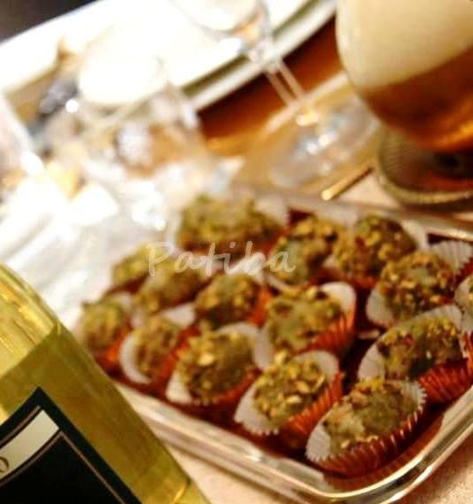 Chicchi d'uva con Gorgonzola e pistacchi