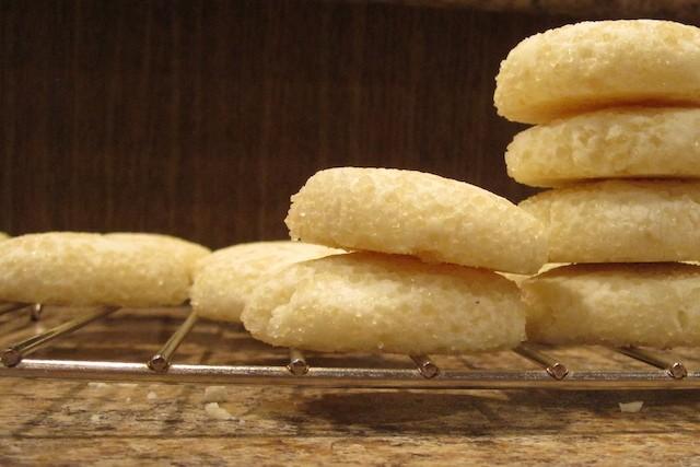 Biscotti economici e spicci alla maniera di Petronilla