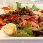 insalata nizzarda Nizza-Salat_an_der_F_Mittelmeerküste