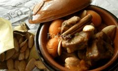 tajine-spezzatino-albicocche