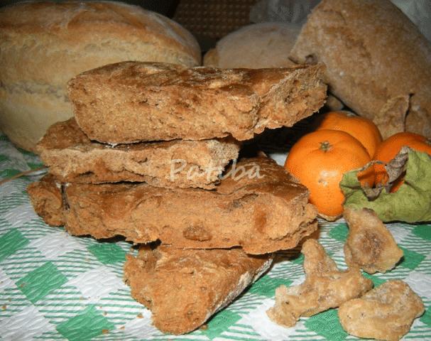 Focaccia con farina integrale e ciccioli