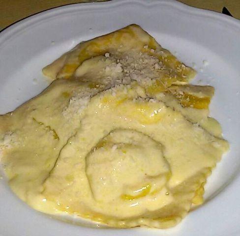 Ravioli con fonduta patate 1